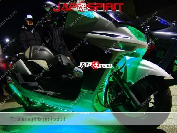 YAMAHA Majesty, green light up, white body color (2)