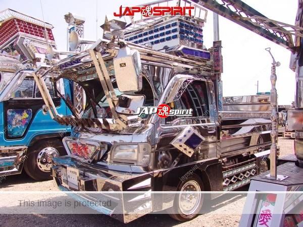 "Photo of HONDA Acty, Mini truck, Dekotora style wide heavy metal visor, name, ""Yumekaido"""