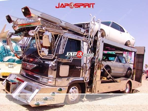 HINO Ranger auto transport truck, Art truck carring Skyline C10 & C110 (2)