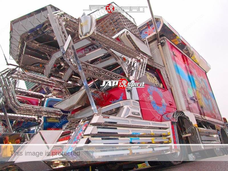 "ISUZU Elf, art truck style, team ""Kantou rangakai"", Bakushinmaru. with Suzuki kougei paint. (4)"