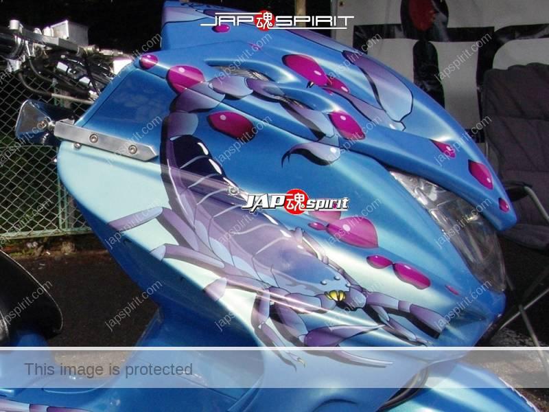 YAMAHA Majesty light blue with skorpion paint (2)
