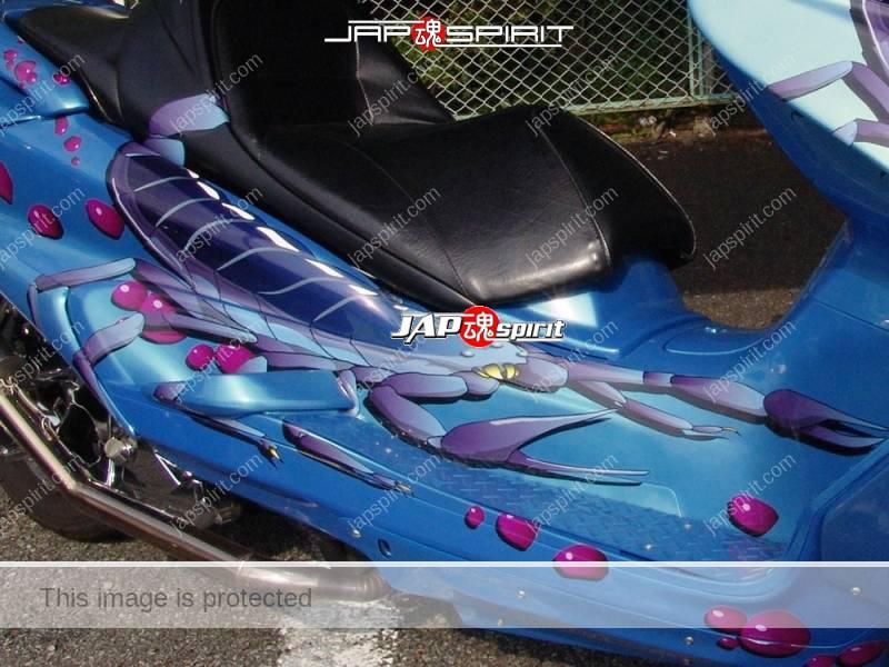 YAMAHA Majesty light blue with skorpion paint (1)