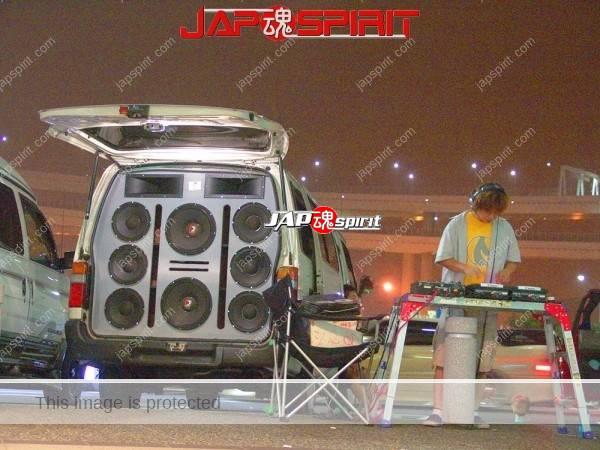 TOYOTA HIACE x100, Sotomuki style sound car, Very good big speaker with DJ (3)