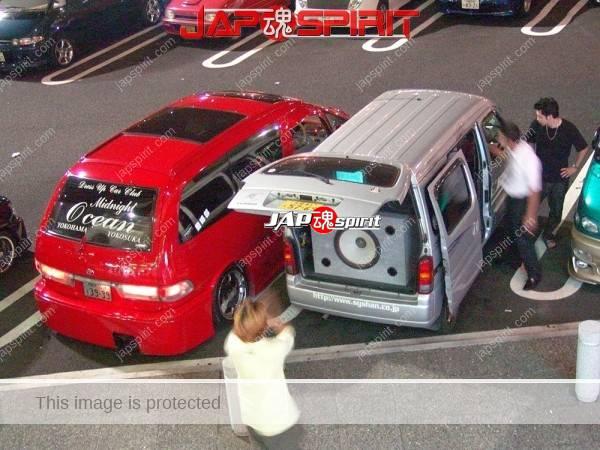 TOYOTA Estima Sotomuki style sound car, Red color (2)