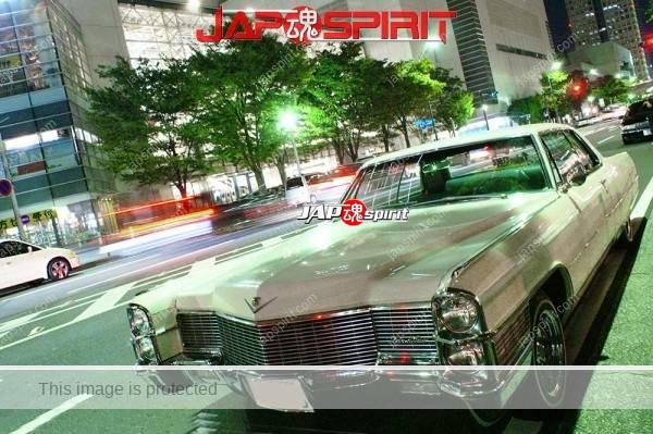 Photo of GM Cadillac Eldorado lowrider style, white at night Minatomirai street