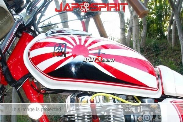 HONDA CB400T(HAWK II)Zokusha style, Rising flag tank design, white sandan sheet (1)
