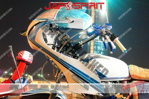 HONDA CB400T (Hawk II), Zokusha style, white & blue line design, Rocket cowl, sandan sheet (2)