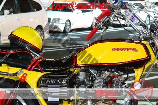 HONDA CB400T (HawkII), vivid yellow and black & red line design. Sandan sheet (1)