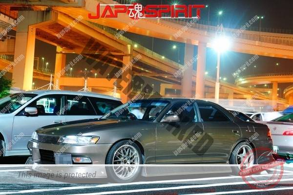 Photo of TOYOTA CHASER x100, basic street drift style at Daikoku parking