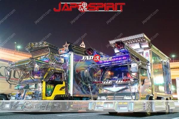ISUZU ELF, art truck gorgeous decoration light up at daikoku parking (1)