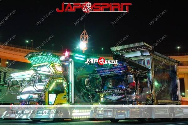 ISUZU ELF, art truck gorgeous decoration light up at daikoku parking (4)