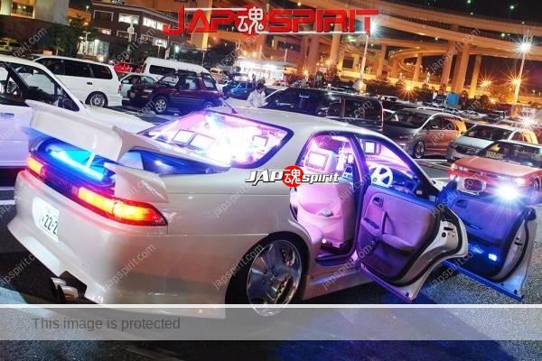 TOYOTA Chaser 100, Sotomuki style, blue lighting at Daikoku parking (3)