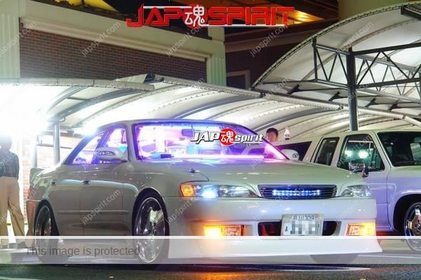 TOYOTA Chaser 100, Sotomuki style, blue lighting at Daikoku parking (2)