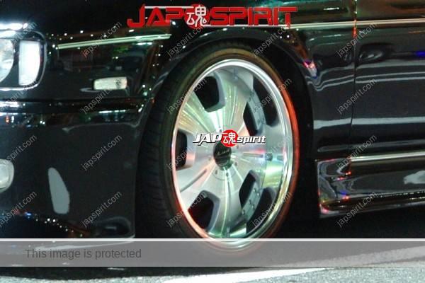 NISSAN GLORIA Y32, VIP style, Black color & chrome plating wheel (1)