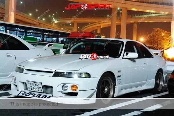 NISSAN Skyline R33, Hashiriya style, built in roll bar, Sporty front bumper spiler, white body (2)