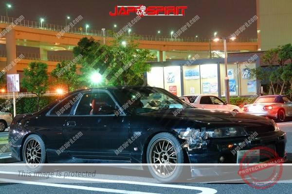 Photo of NISSAN Skyline R33 2 door, Hashiriya style black body with scotch tape repairing