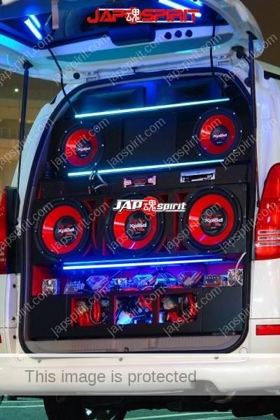 NISSAN SERENA, Sotomuki sound car, 5 Big speaker with blue light (1)