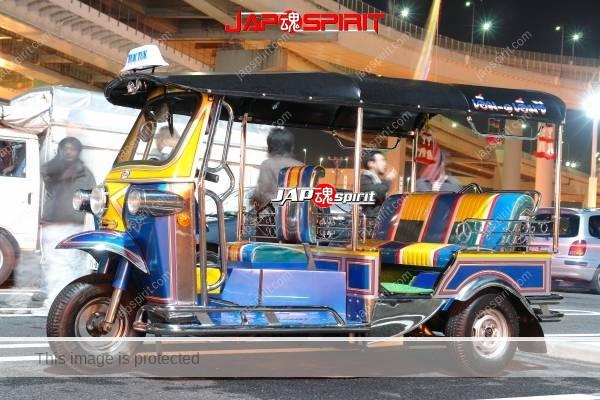 TukTuk Forwerder, TukTuk 550 Series, Auto rickshaw at Daikoku PA (2)