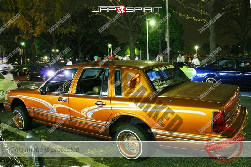 Lincoln Town Car 2nd lowrider style orange color small wild air brush paint (3)