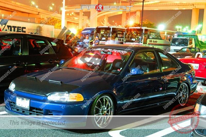 Photo of HONDA Civic coupe USDM style dark blue with nosebra