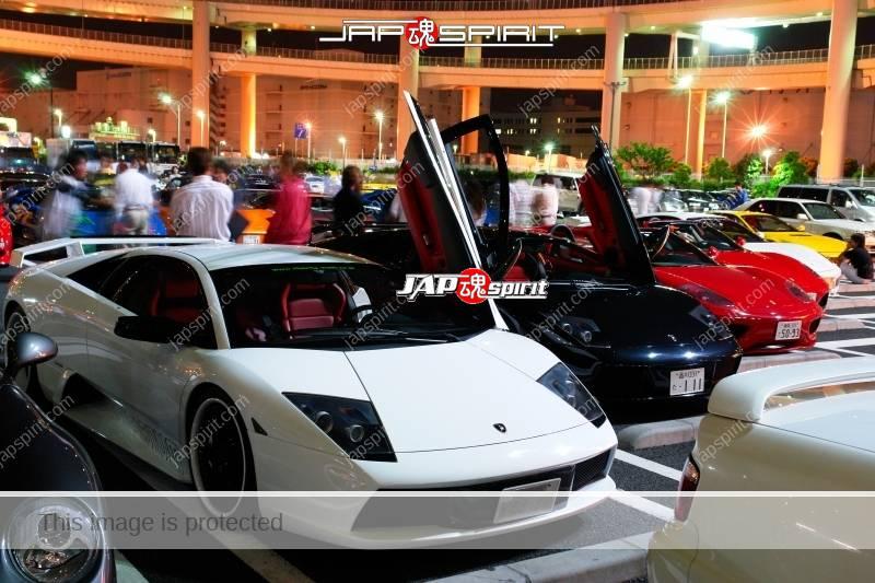 Lamborghini Murcielago Super car white color white rim wheel at Daikoku PA (3)