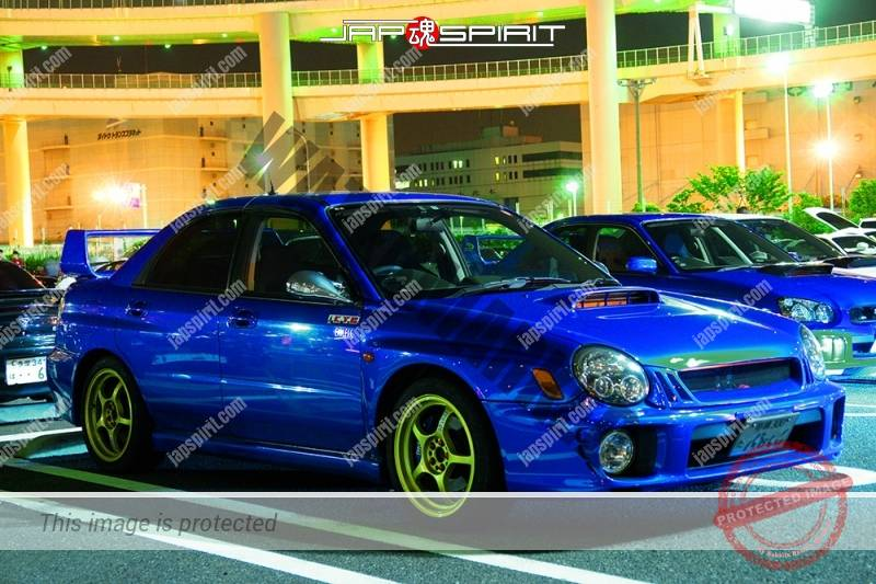 SUBARU Impreza 2nd blue color gold wheel at Daikoku PA