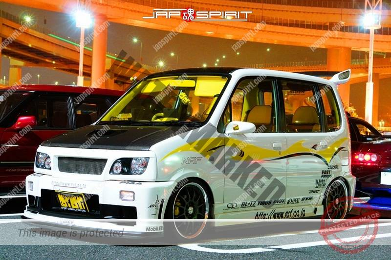 DAIHATSU Move 2nd dress up style NRF aero parts attached white body black bonnet (3)