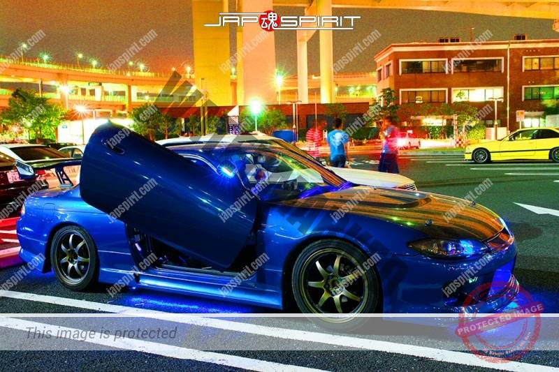 NISSAN Silvia S14 Spokon style blue color blue lighting scissors door at Daikoku PA (3)