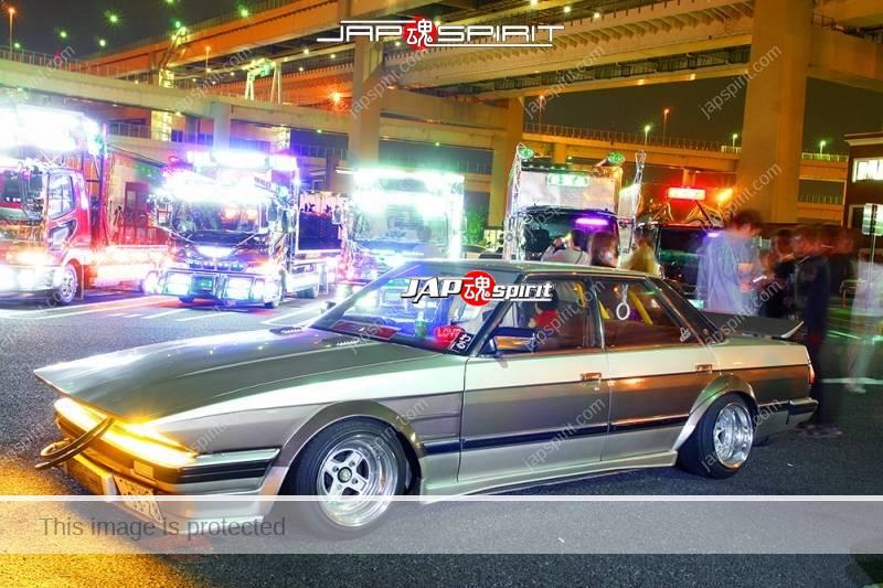 TOYOTA Mark II x70 zokusha car long nose two tone color with tsurikawa (4)