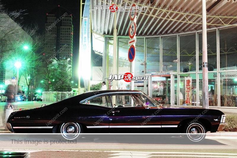 CHEVROLET 1968 Impala Sport Coupe black color at Minatomirai street (2)