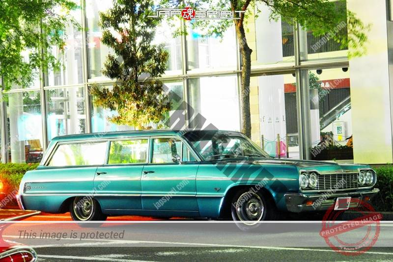 Photo of CHEVROLET Impala 4th station wagon lowrider at Minatomirai