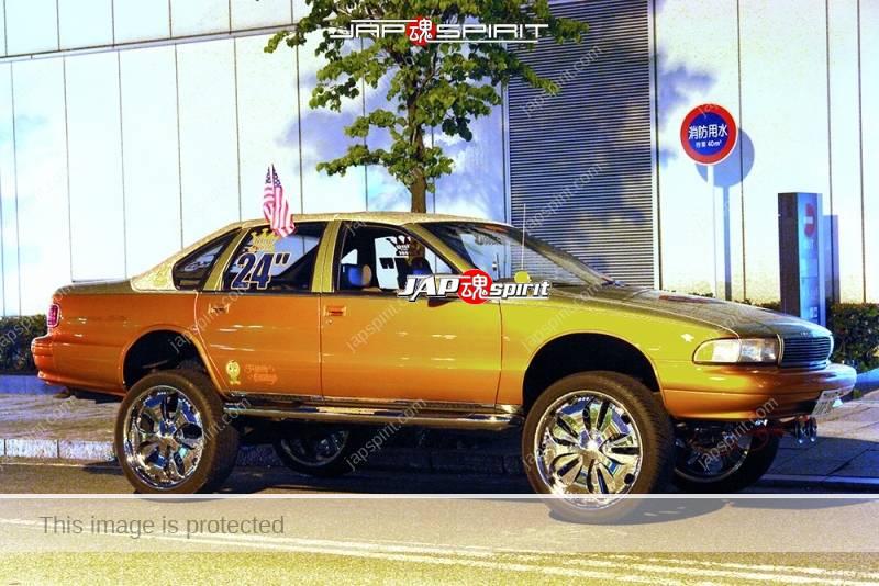 Photo of Chevrolet Impala SS 7th lowrider style Big foot at Minatomirai