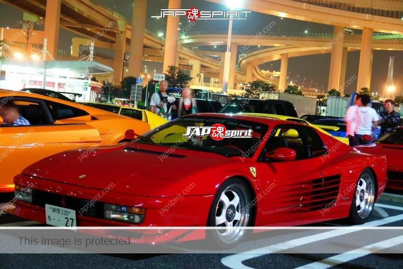 Photo of Ferrari Testarossa red and yellow at Daikoku PA
