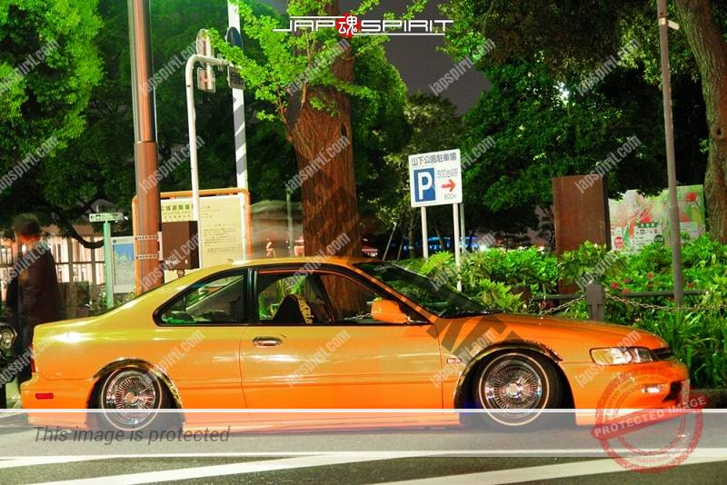 Photo of HONDA Accord 5th coupe USDM style wire wheel orange color at Minatomirai