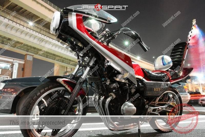 Photo of HONDA CBX400F Kyushakai Rocket cowl black & silver & white & red color sandan sheet