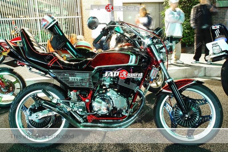 Photo of HONDA CBX400F Kyushakai style wrap paint shibori handle tsuppari tail
