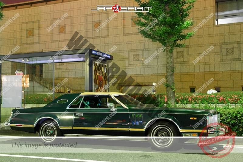 Photo of Lincoln Continental Mark VI 1983 Mark VI Signature Series 2-door lowrider at Minatomirai