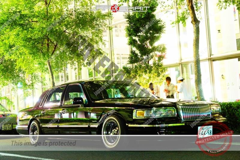 Lincoln Town Car Lowrider Save Our Oceans