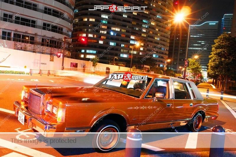 Lincoln continental mark VI signature series 4 door 1980 lowrider at Minatomirai 1