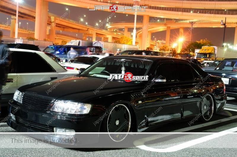 NISSAN CIMA Y33 Black VIP style at Daikoku PA 2