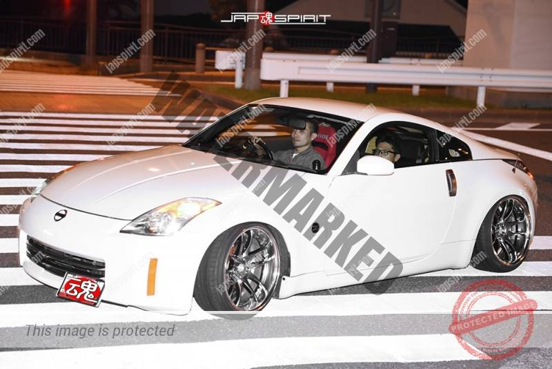 Photo of Stancenation 2016 Fairlady Z33 white body hellaflush style at Odaiba