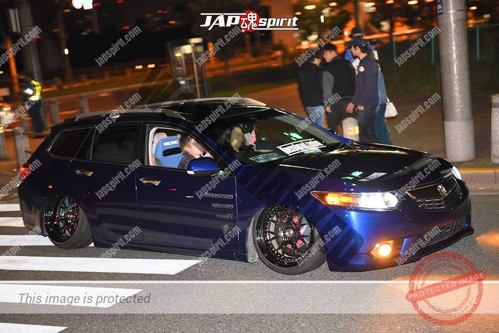 Photo of Stancenation 2016 Honda Accord tourer CW hellaflush blue color at odaiba