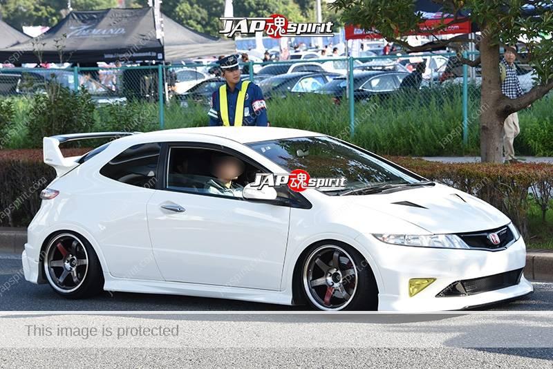 Photo of Stancenation 2016 Honda Civic 8th hatchback hellaflush white body tsuraichi