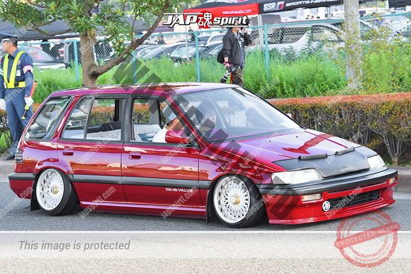 Photo of Stancenation 2016 Honda Civic shuttle hellaflush USDM style tsuraichi nose bra red body