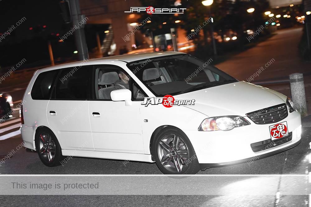 Photo of Stancenation 2016 Honda Odyssey RA white body at odaiba