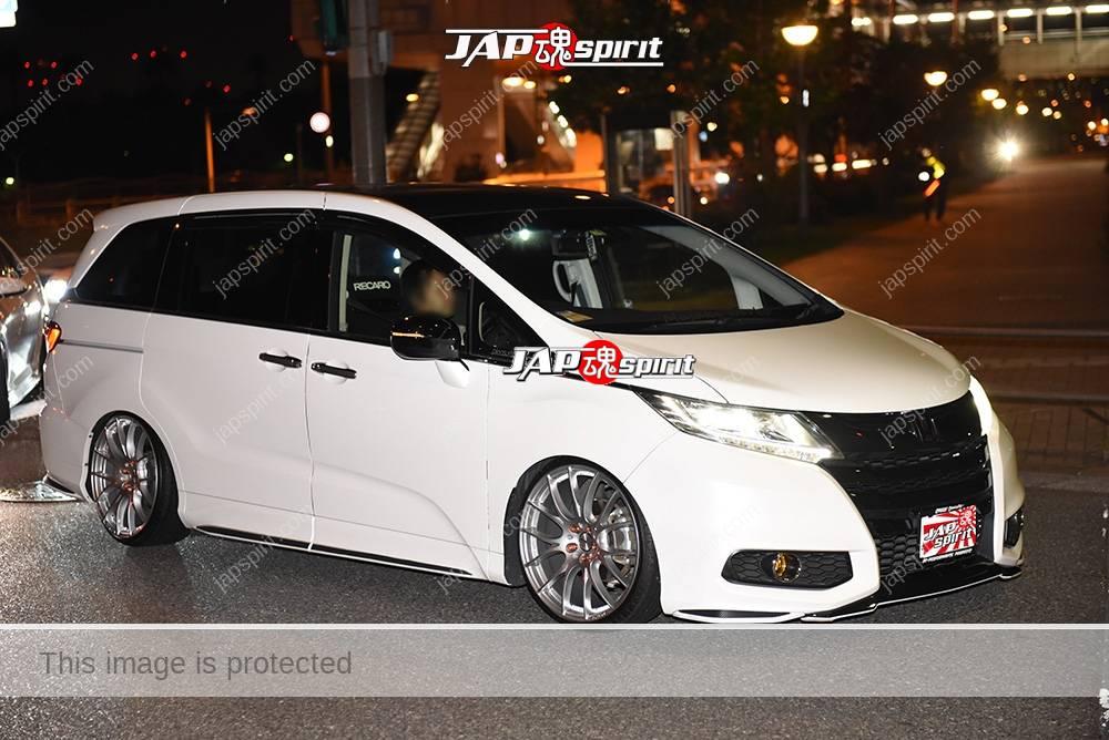 Photo of Stancenation 2016 Honda Odyssey RC white body at odaiba