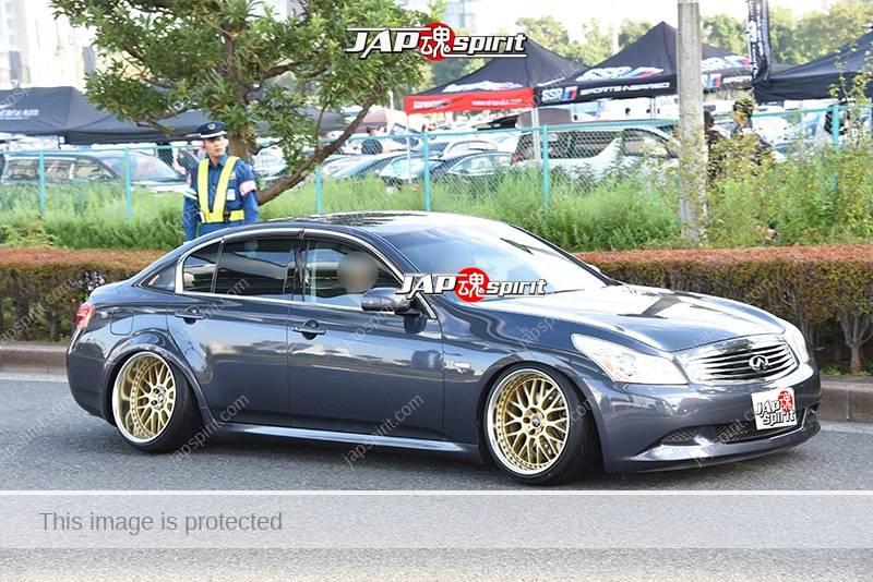 Photo of Stancenation 2016 Infiniti G35 hellaflush Tsuraichi VIP style gun metal body gold wheel