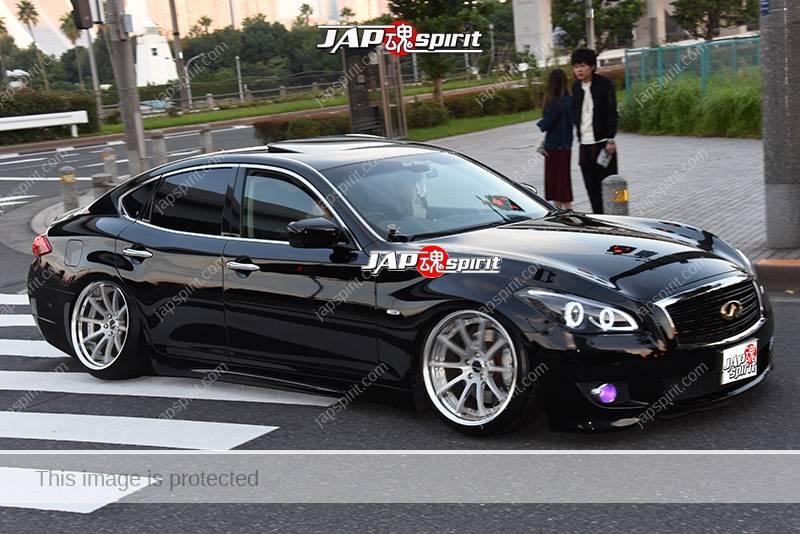 Photo of Stancenation 2016 Infiniti M Q70 hellaflush VIP black body at odaiba