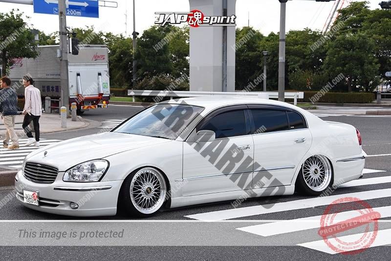 Photo of Stancenation 2016 Infiniti Q45 hellaflush VIP white body at odaiba tsurauchi