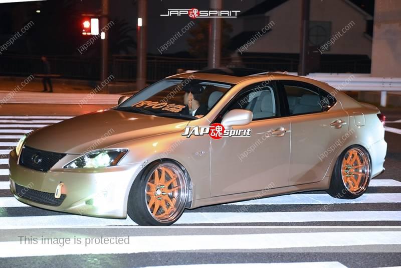 Photo of Stancenation 2016 Lexus IS GSE2# gold color orange wheel at odaiba